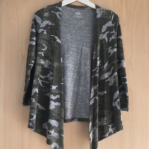 Justice girls army long sleeve cardigan. Size 8